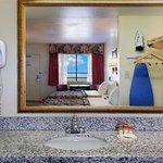 Foto de Days Inn & Suites Mesa