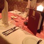 Unser Tisch in der Romantiksuite