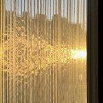 Le soleil est même venu décoré les voilages de nos fenêtres, le luxe suprême.
