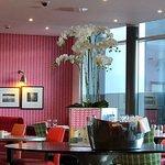 Foto de Guildford Harbour Hotel