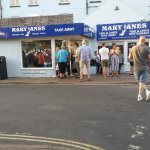 Queues are testimony to Mary Jane's reputation