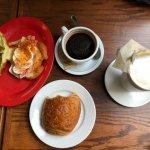 Foto van The Mon Cafe