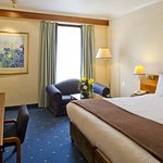 Croydon Park Hotel resmi