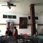 Ayam Goreng Suharti의 사진