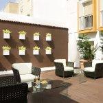 Foto de Hotel Virgen de los Reyes