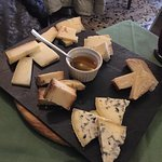 OK, one of the best cheese plates I've ever had (and I've had many)!