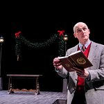 """Ray Dooley in his one-man """"A Christmas Carol."""" (HuthPhoto)"""