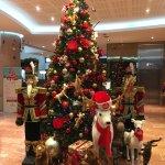 L'entrée du Hilton pour accueillir ses hôtes à Noël