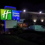 Photo de Holiday Inn Express San Diego Sea World - Beach Area
