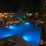 Vista nocturna hotel