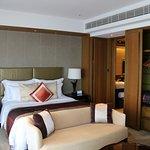 The Ritz-Carlton, Hong Kong Photo