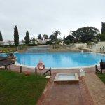 une des 4 piscines du complexe (sauf pour les villas qui ont toutes leur piscine privée)
