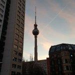 Foto van Adina Apartment Hotel Berlin Mitte