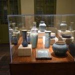 Maison Madame John's Legacy - exposition de poteries 'Newcomb'
