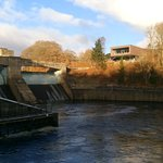 The 1951 dam with the new visitor exhibition and cafe on the far side.