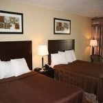 Photo of Howard Johnson Inn and Suites Toronto East