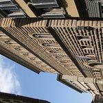Imponente fachada del Palazzo Strozzi: vale la pena entrar a su patio