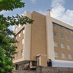HOTEL AWADH PALACE