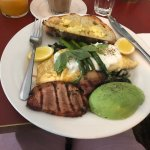 Had another wonderful meal at Pearl ... excellent for a breakfast brunch or lunch!