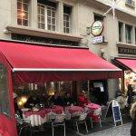 Brasserie St. Laurent outside
