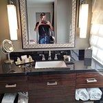 Photo de Colcord Hotel