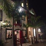 O restaurante é uma réplica perfeita de Paraty.