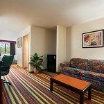 Photo of Baymont Inn & Suites Ennis