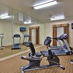 Photo de Holiday Inn Express Hotel & Suites Beaumont-Oak Valley