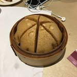 Pumpkin seeds sponge cake