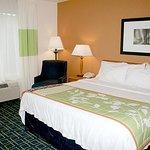 Photo de Fairfield Inn & Suites by Marriott Fairmont