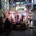 Bluegrass Inn's ambience is rustic, unadorned and pure music from the mountains!