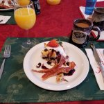 Yummy breakfast each morning at 0830