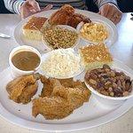 Fried chicken, Cajun 15 bean, Macaroni & Cheese and Peas