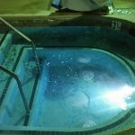 Heated whirlpool_large.jpg