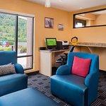 Photo de TownePlace Suites Huntington