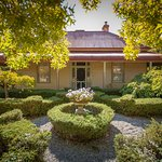 Erindale Guest House circa 1868 in the historical town of Beechworth