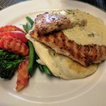 Grilled chicken with mustard and green peppercorn sauce