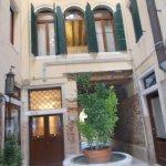 Photo of Hotel Ca' d'Oro