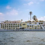 صورة فوتوغرافية لـ البواخر النيلية المتحركة بالقاهرة