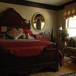 Grand Georgian Suite / Bedroom