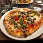 Cafe Citta, vegetarian pizza.