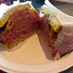 Moishe's Pupik - corned beef sandwich