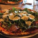 Foto de Pizzeria La Sgeva