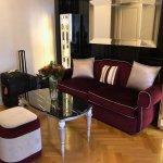 Salotta 93 suite-living room area