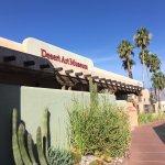 صورة فوتوغرافية لـ Tucson Desert Art Museum