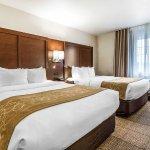 Photo of Comfort Suites Foxfire