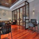 Photo de Crowne Plaza Hotel Beirut