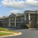 Days Inn Raleigh Glenwood-Crabtree