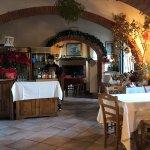 Pizzeria-Trattoria Napoli del'Albergo la Foresteria Foto