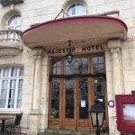Photo de Majestic Hotel